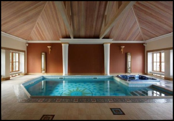 Enclosed swimming pool with rustic ceiling - Enclosed swimming pools ideas ...