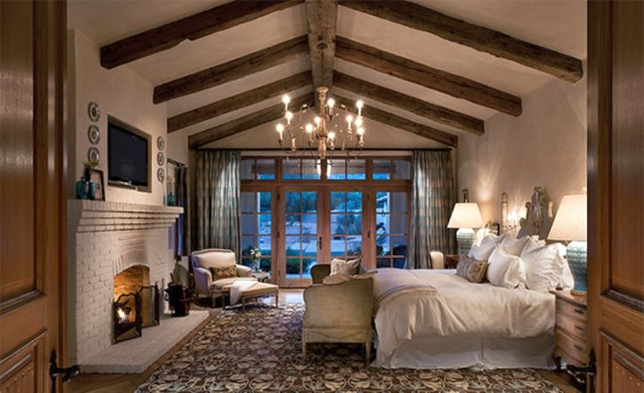 exposed beam ceiling for an elegant bedroom
