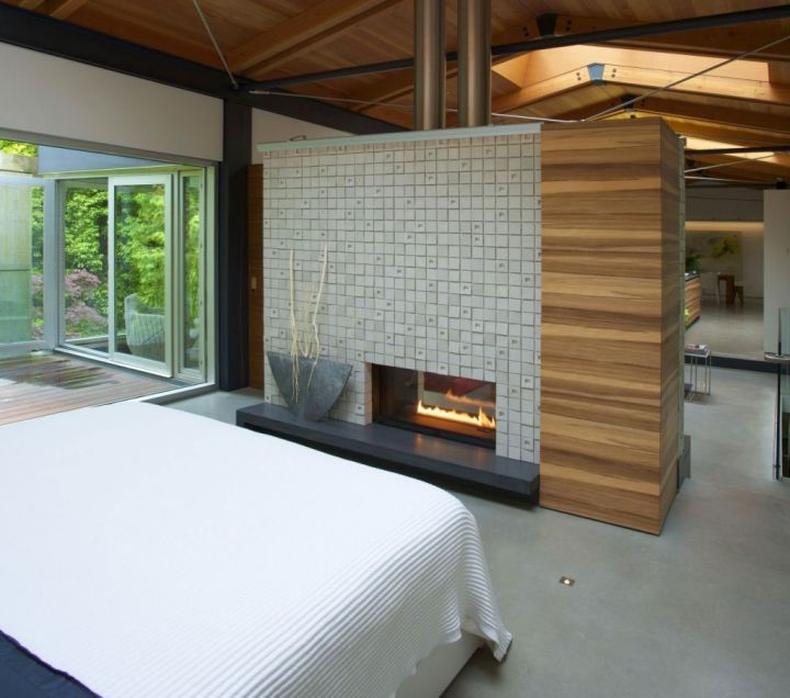 20 Master Bedrooms With Creative Style Solutions: 18 Modern Gas Fireplace For Master Bedroom Design Ideas