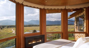 gas fireplace bedroom outlooking the mountain