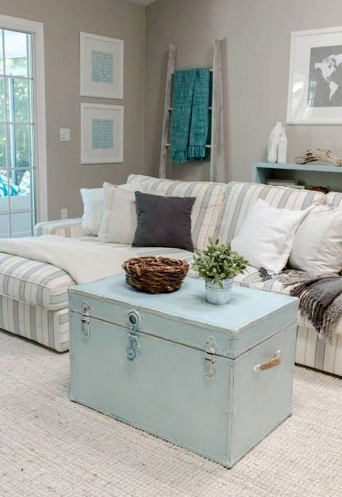 gorgeous trunk coffee table