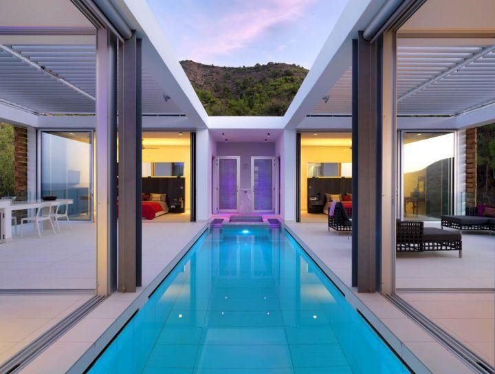 homes with indoor pools between sitting rooms