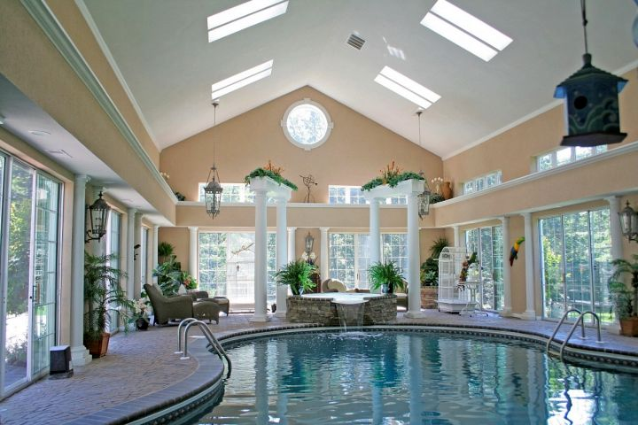 18 amazing homes with indoor pool modern architecture ideas for Mansion house plans with indoor pool