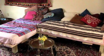 how to make daybed in L-shaped