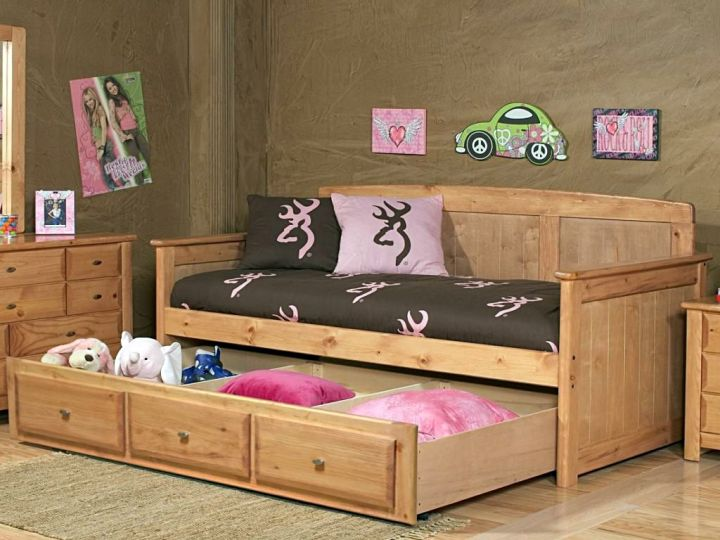 how to make daybed with one drawer