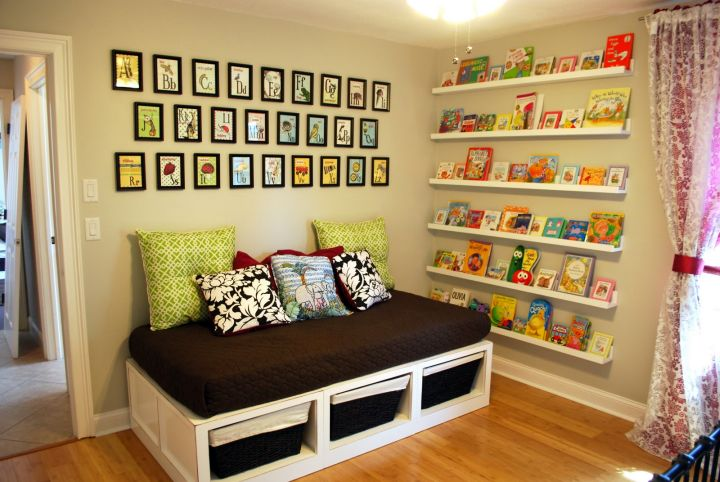 how to make daybed with storage