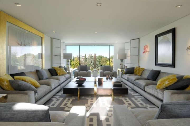 17 breathtaking modern long living room designs Decorate large living room