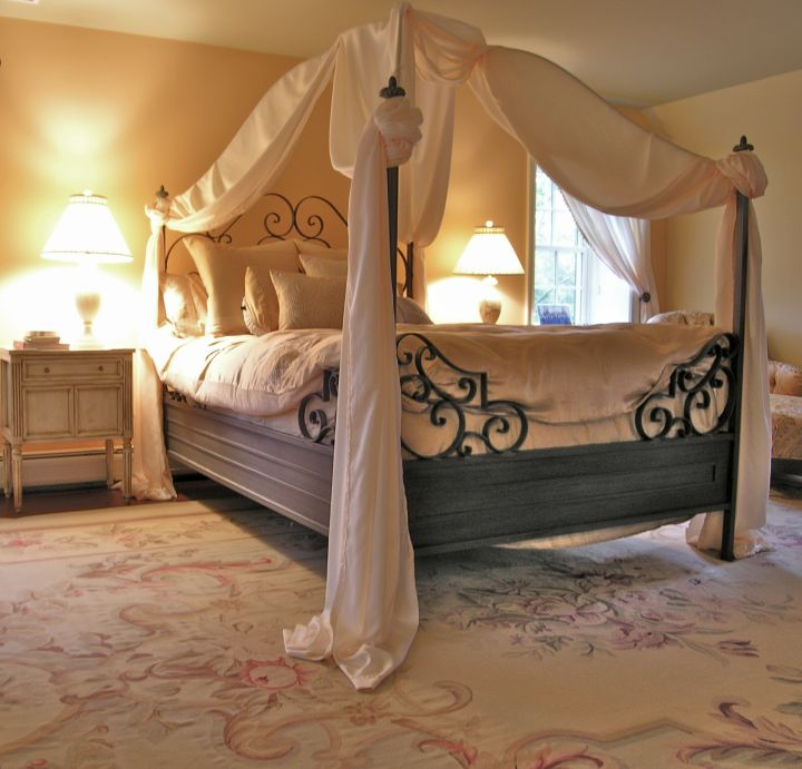 lovely canopied elegant beds