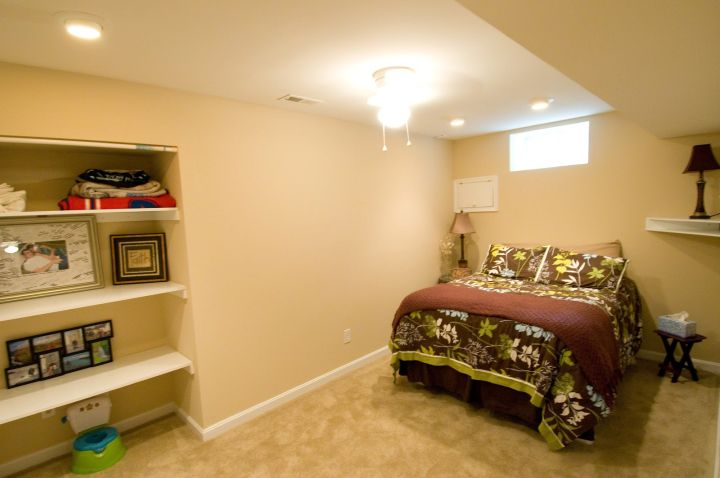 minimalist bedroom basement ideas for small rooms