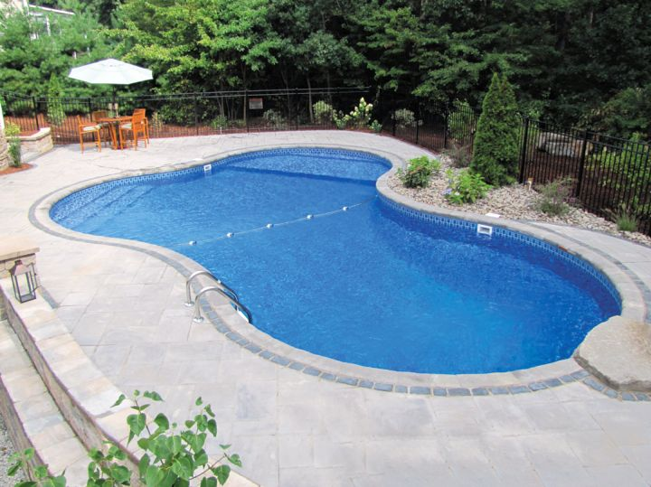 17 minimalist kidney shaped pool designs for Simple inground pool designs