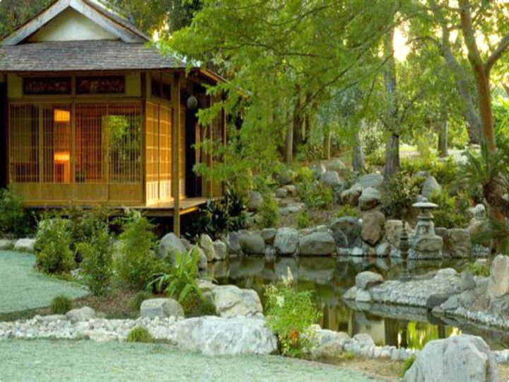 17 beautiful japanese garden design ideas for Japanese garden with koi pond