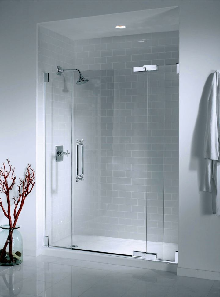 17 streamlined modern glass shower designs for Modern glass designs