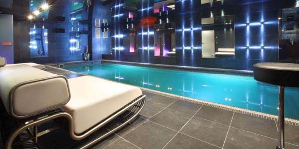 Modern home indoor pool  18 Amazing Homes with Indoor Pool Modern Architecture Ideas