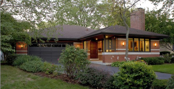 A modern twist on classic prairie style house for Contemporary prairie style homes