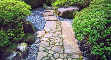 narrow Japanese landscape design with stone pathway