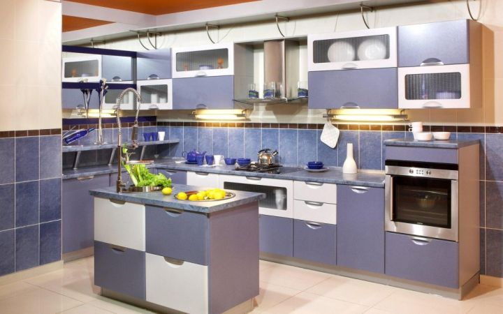 17 most popular kitchen cabinet colors for 2015 for Kitchen colors with white cabinets with art gallery movable walls