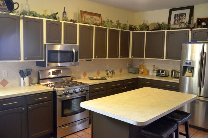 Plain White Kitchen Countertops