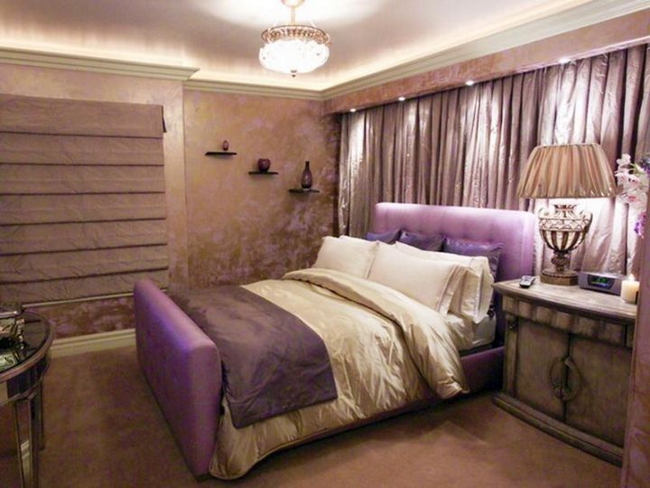 relaxing bedroom ideas in purple