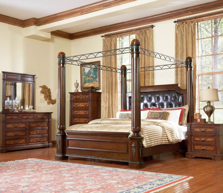 Retro Bedroom Ideas With Four Poster Bed