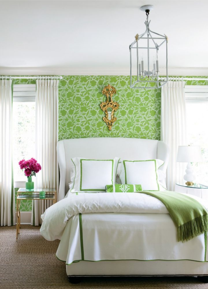 retro bedroom ideas with green wall panel and DIY hanging lamp