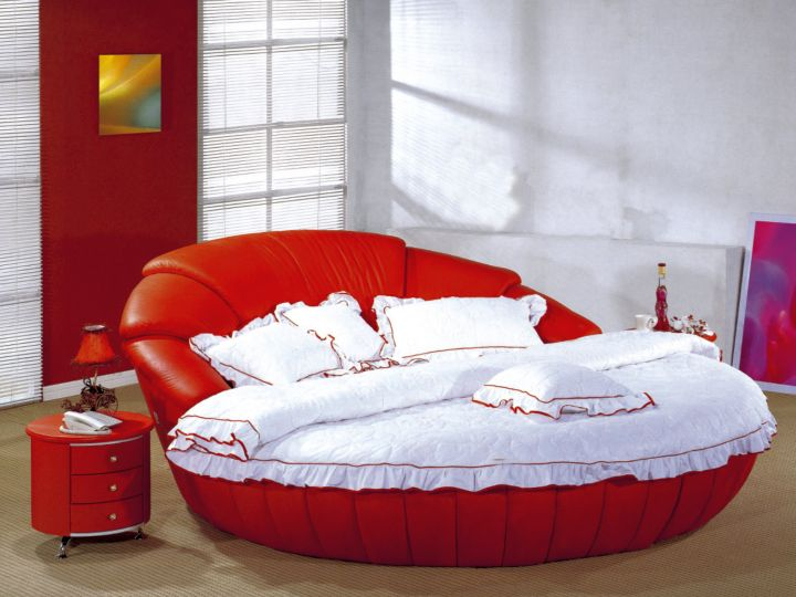 round bed frame in red