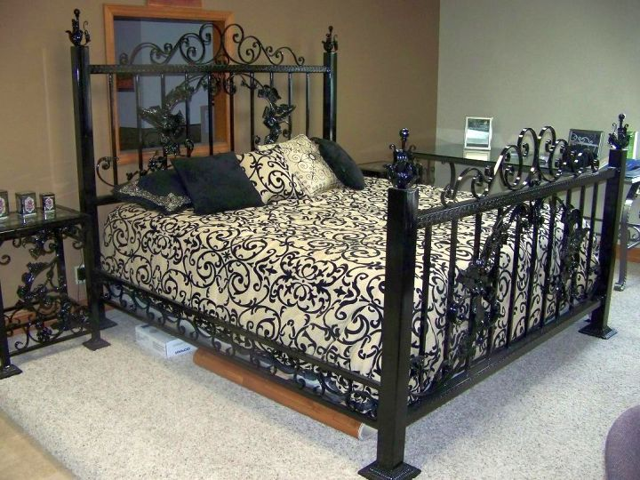 simple Gothic bedrooms