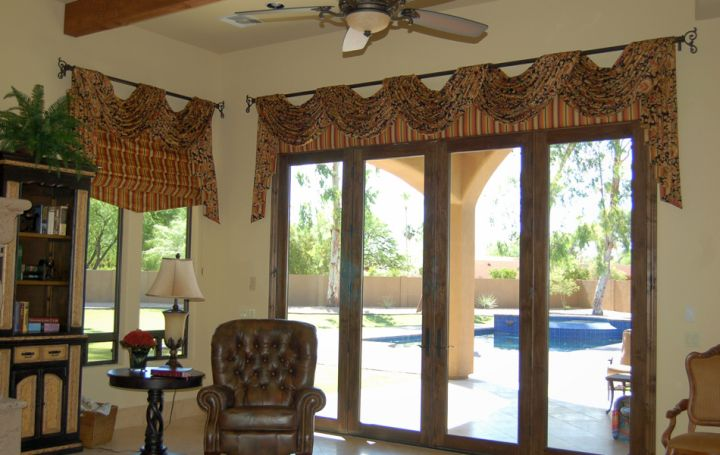 17 various types of valances to accentuate your curtains for Types of living room windows