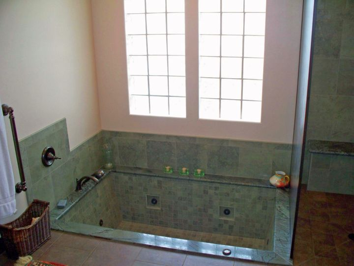 step in unique tubs for small bathrooms