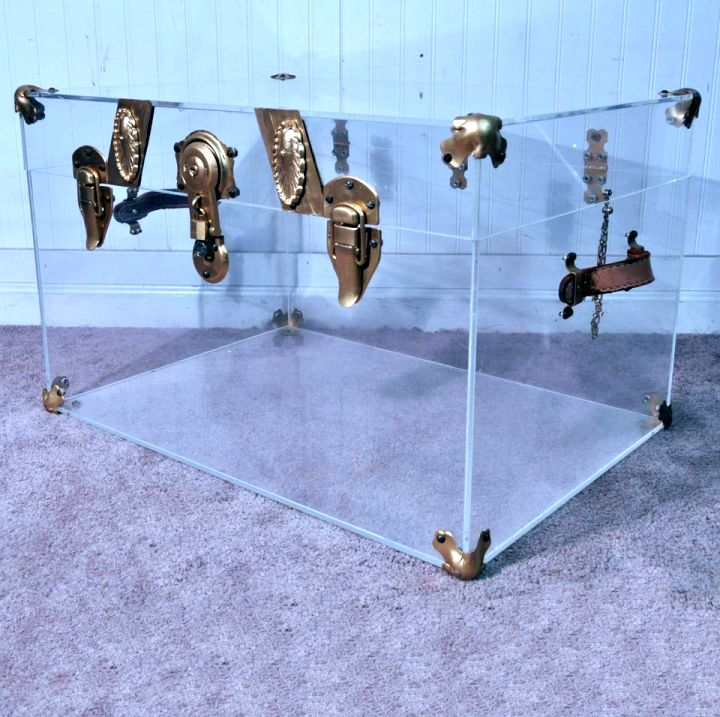 transparent acrylic trunk coffee table