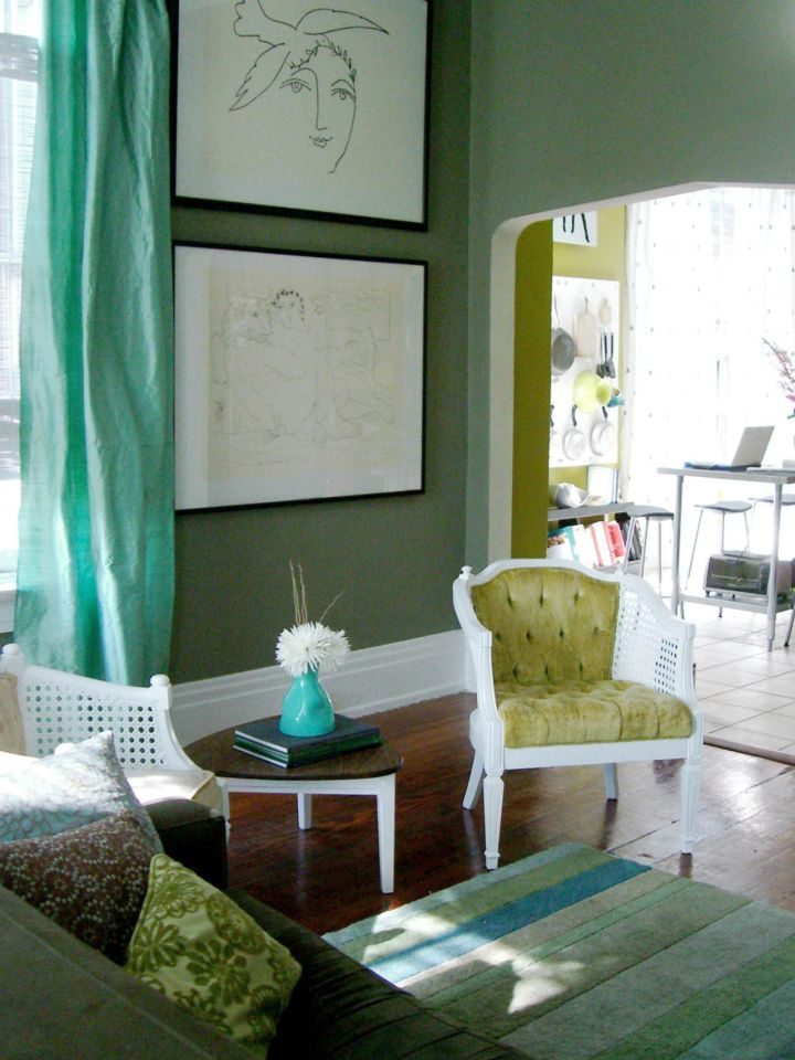 19 gorgeous turquoise living room decorations and designs - Brown and aqua living room pictures ...
