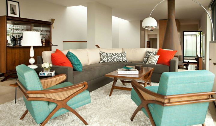 turquoise living room decor with large floor lamp