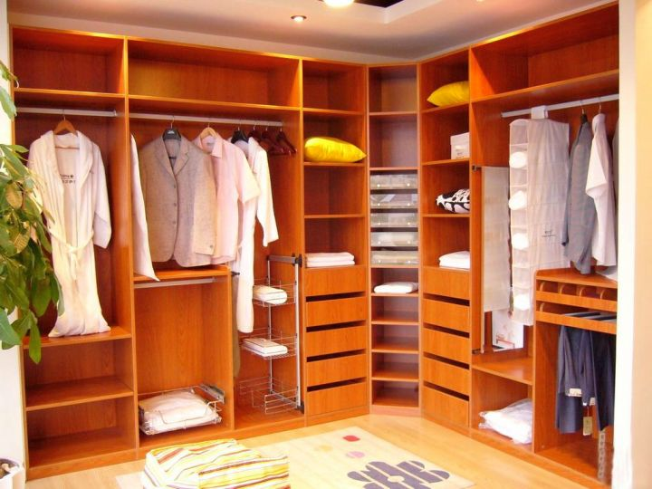 19 Walk-In Closet Furniture Designs to Prep You Up in No Time
