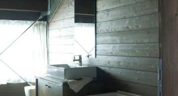 Camelot 2 bathroom