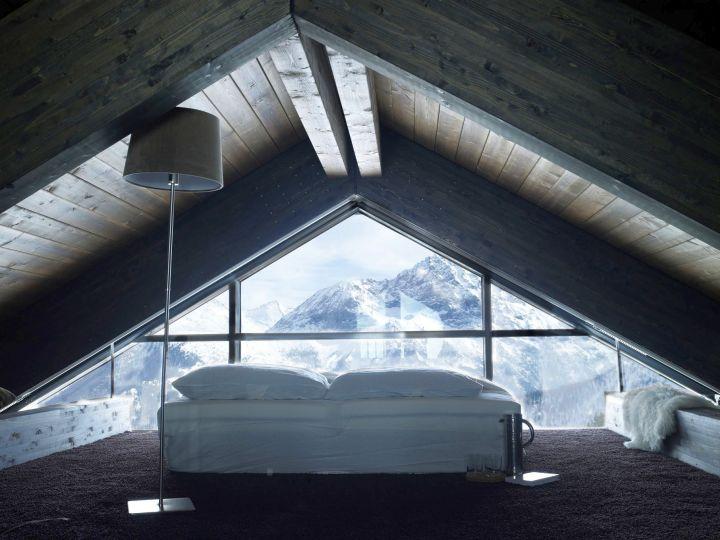 Camelot 2 loft bedroom