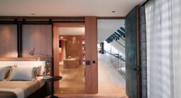 Penthouse NEO bathroom and hallway