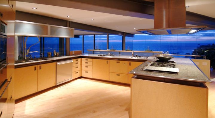 Point Place Residence kitchen