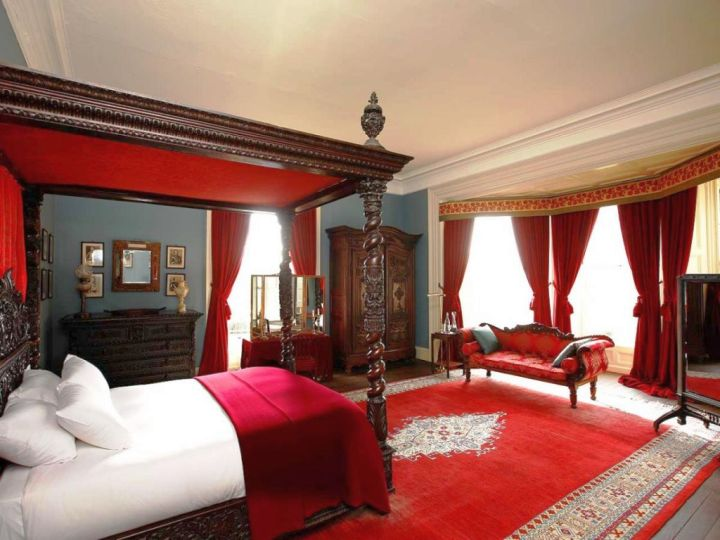 17 Great Black And Red Bedroom Paint Design Ideas
