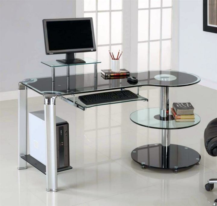 clear office desk with columns