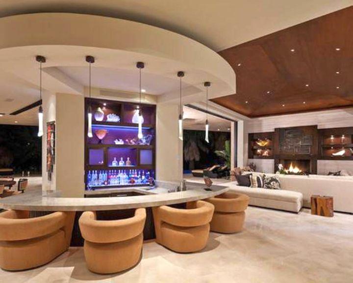 17 sleek modern home bar counter designs for Modern home bar designs pictures