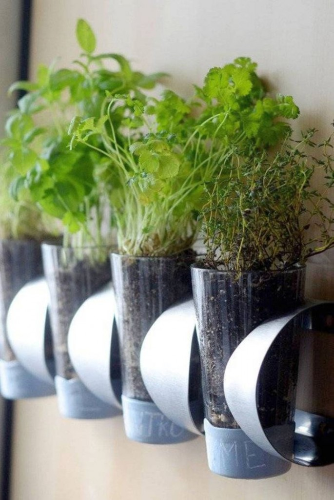 contemporary indoor wall hanging planter