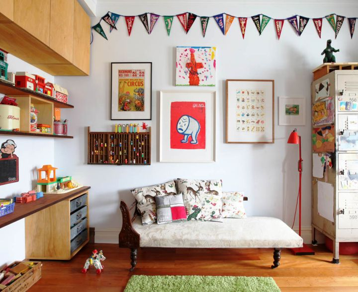 Eclectic Wall Decor Ideas : Enchanting eclectic small living room decorating ideas