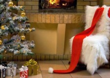 featured image of christmas room decorating idea with short tree and fluffy chair decoration