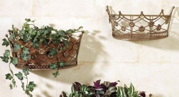 featured image of indoor wall hanging planter crown