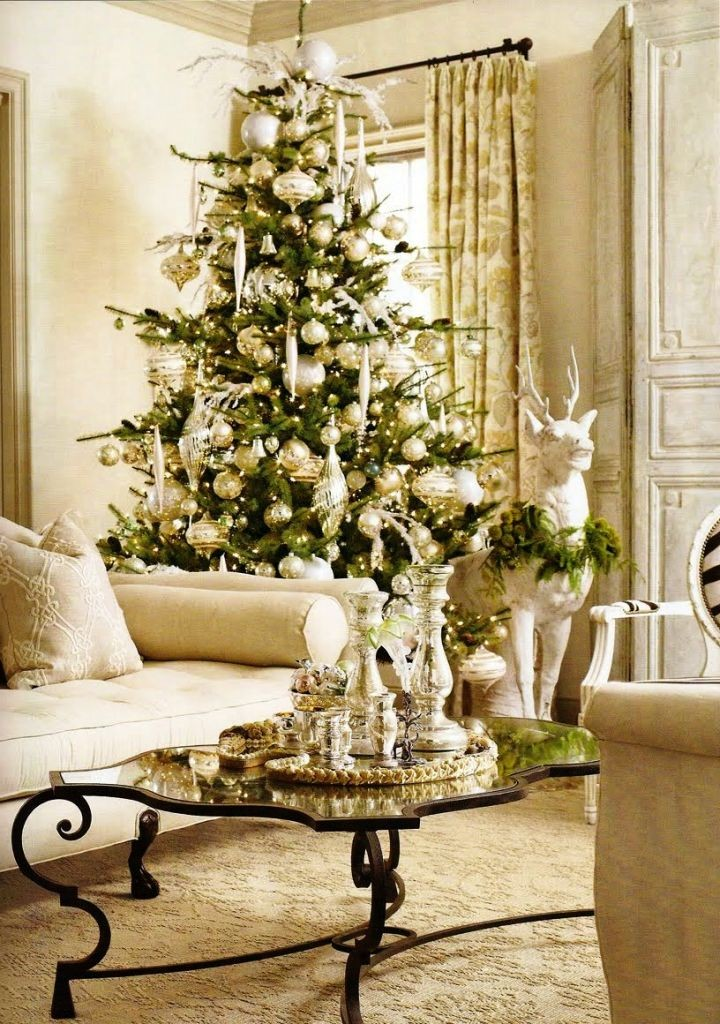 glamour white christmas room