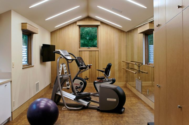 home gyms ideas for small room with pilates ball