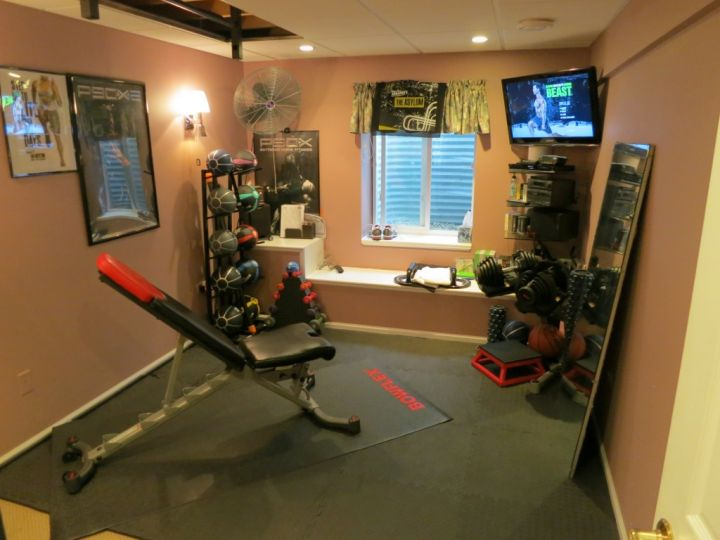 home gyms ideas with TV