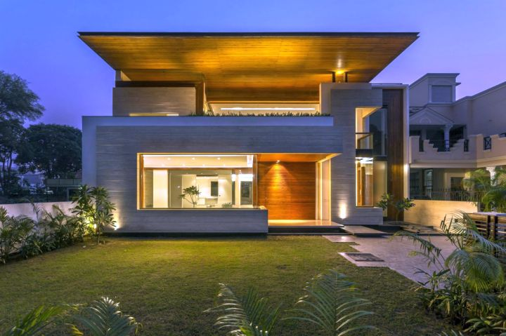 Indian modern house front view at night for Front view design of indian house