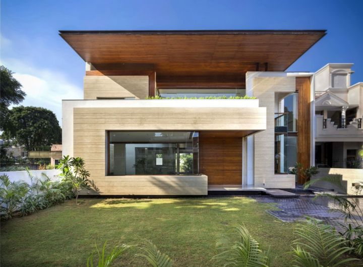 Fascinating modern house by charged voids punjab india for Images of front view of beautiful modern houses