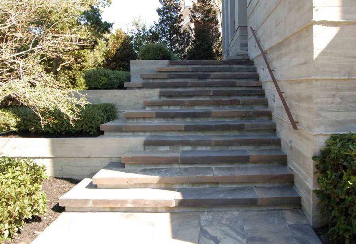 kiawah island house entrance stairs