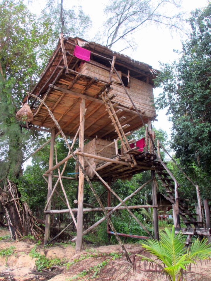 large treehouse on stilts